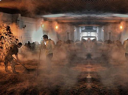 百年工艺酱酒传承
